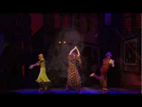 Highlights of the 2012 Broadway revivial of Annie