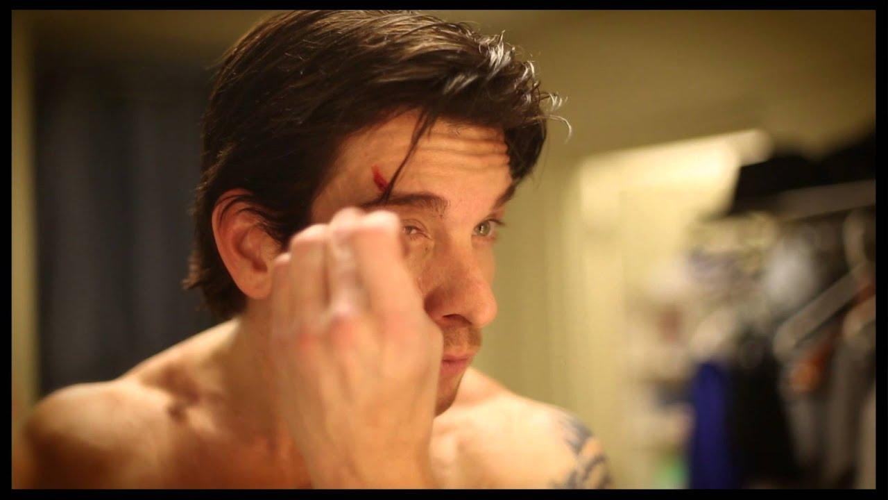 Andy Karl, star of Rocky on Broadway, shows how he gets into character