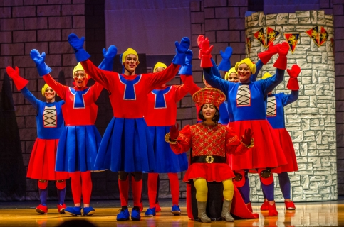 Shrek the Musical Lord Farquaad and Dulocs
