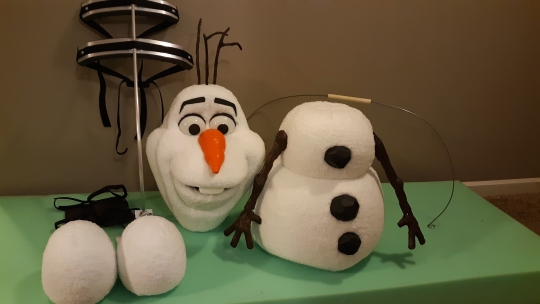 Olaf Puppet