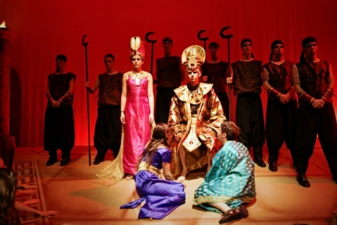 Aida - Pharaoh & Egyptian Costumes