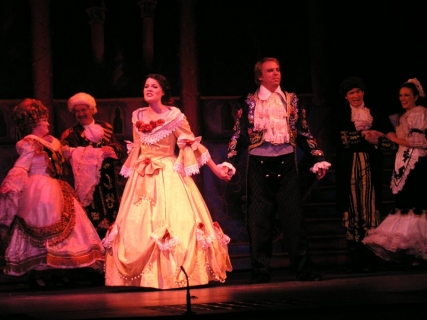 Beauty and the Beast Costume Rental - Finale
