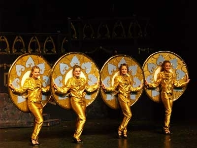 Beauty & the Beast - Gold Enchanted Plates Costumes Be Our Guest