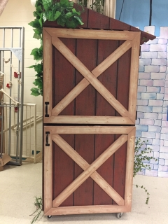 Shrek the musical outhouse