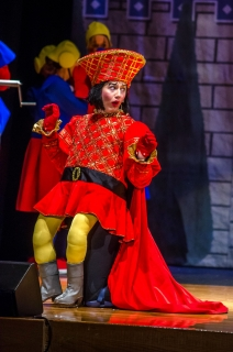 Shrek the Musical - Farquaad Legs and Outfit