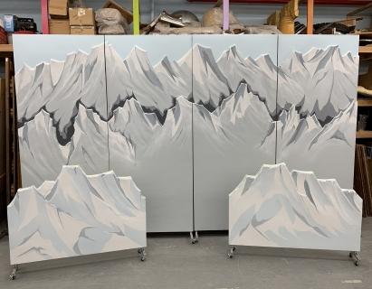 Mulan Mountains/Snow